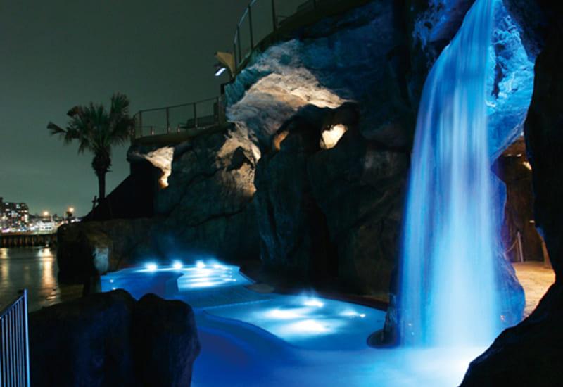 えのすぱ 滝泉