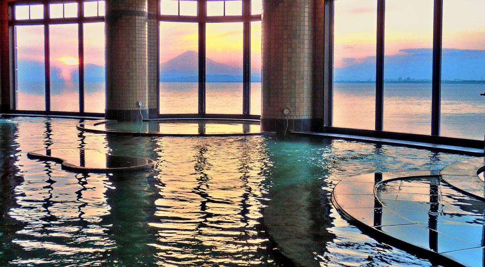 富士海湯からの夕景と富士山