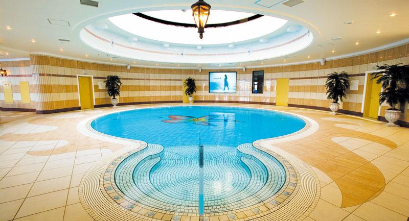天陽泉 温水プール